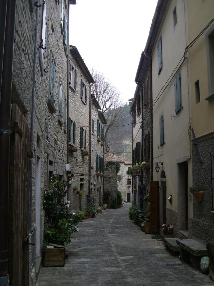Portico di Romagna Le Viuzze