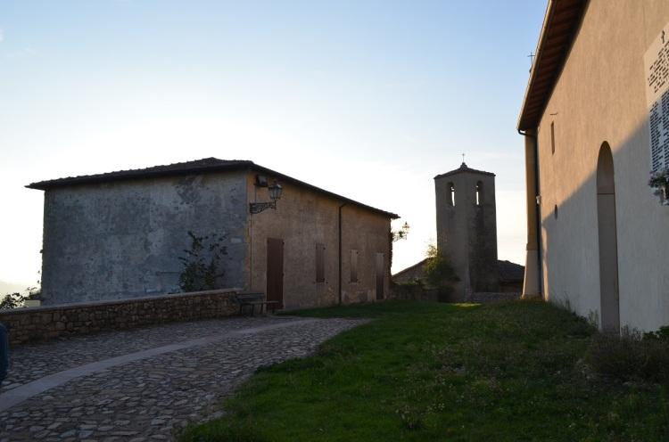 Monteombraro - Borgo