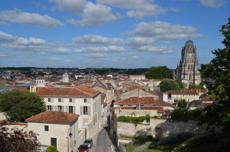 Saintes - Veduta con cattedrale di Saint Pierre
