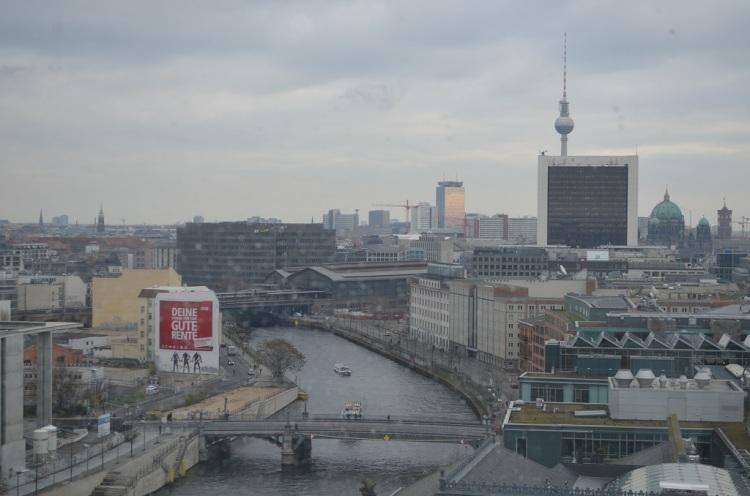Veduta della città Fiume Spree-Berlino