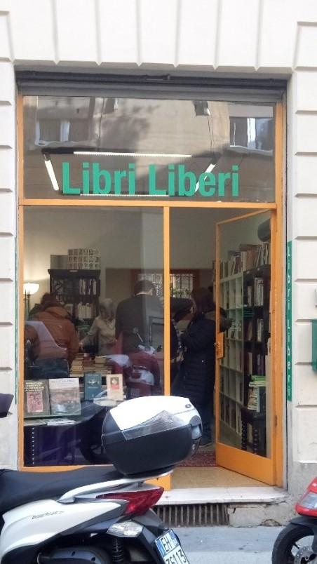 Vetrina Libri liberi Bologna