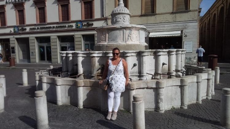 Fontana della Pigna Rimini
