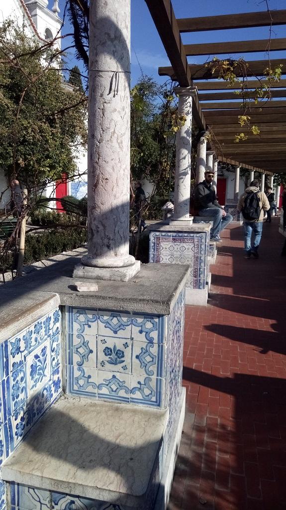 Muretto con azulejos - Mirador de Santa Luzia Lisbona