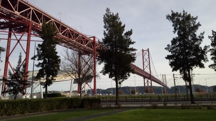Pilar 7 del ponte 25 de Abril Lisbona
