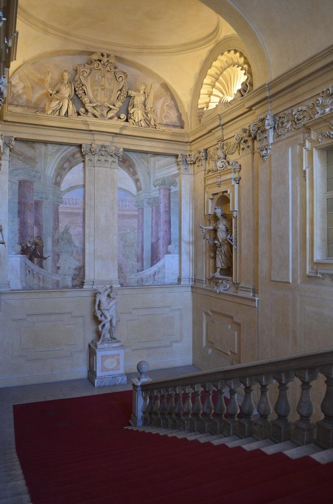 Scalone di accesso al Palazzo di Sassuolo