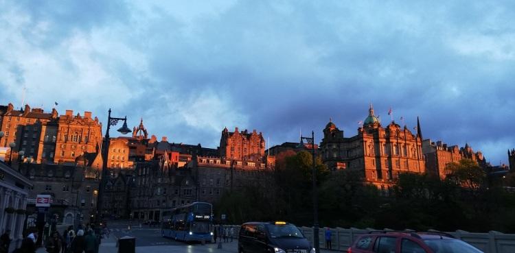 Tramonto su Edimburgo