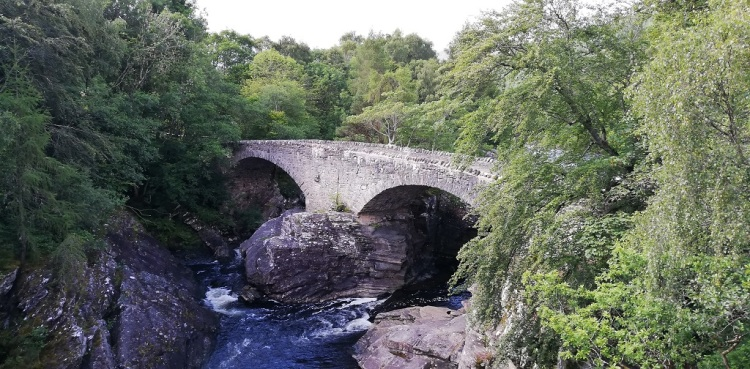 Ponte sul River Moriston