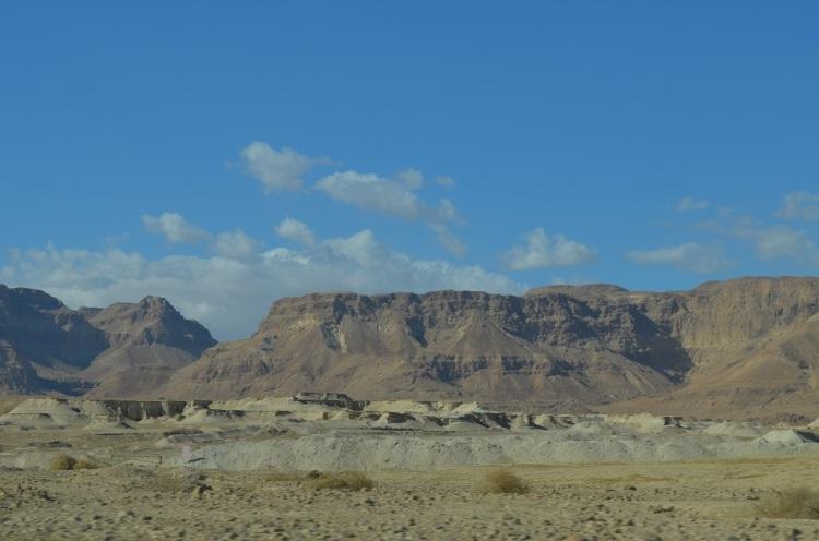 Sulla strada n. 90 in direzione Masada