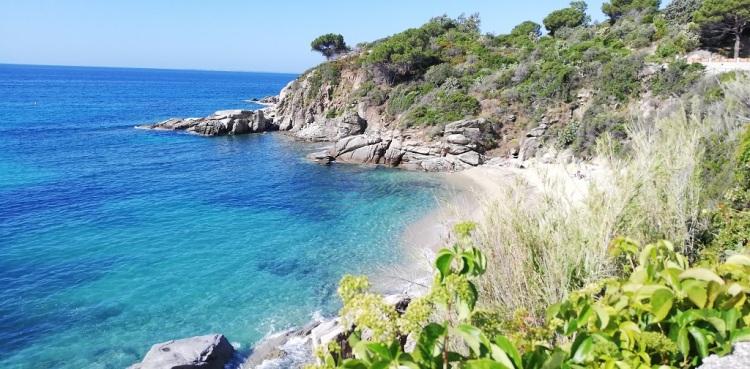 Spiaggia piccola di Cavoli